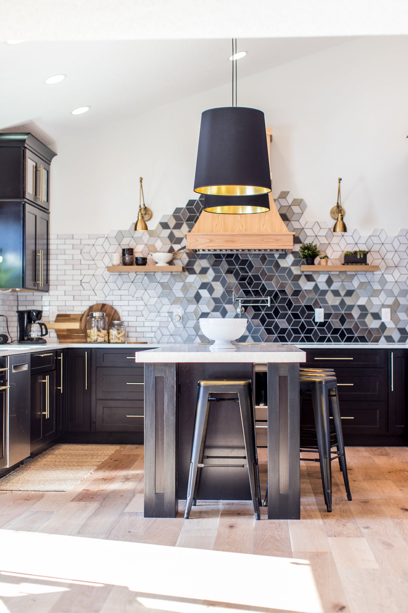 - How Much Will Your Ceramic Mosaic Tile Backsplash Cost? – Mercury