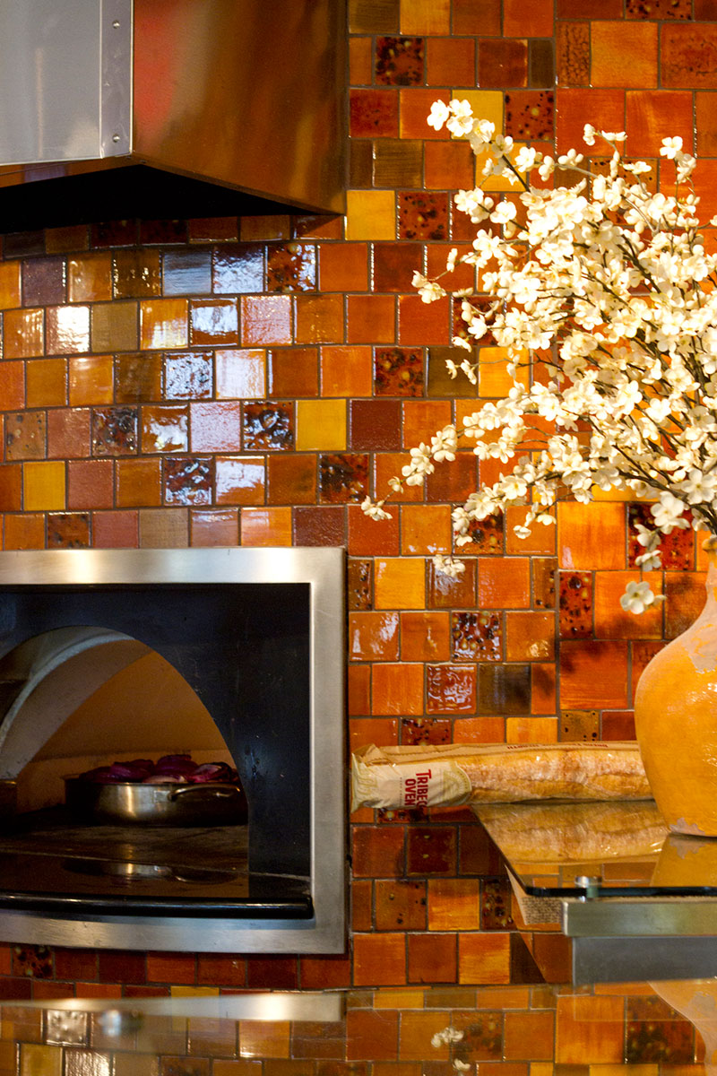 SHEA810 Hand-Painted Custom Glazes create an oven of your dreams Restaurants   figlio1 Hand-Painted Custom Glazes create an oven of your dreams Restaurants   Figlios_web-2 Hand-Painted Custom Glazes create an oven of your dreams Restaurants