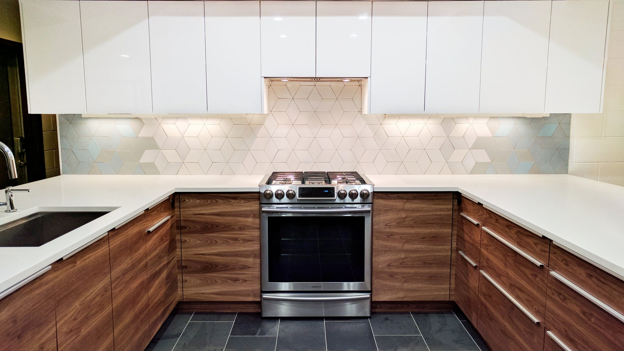 Geometric Diamond Tile Kitchen Backsplash