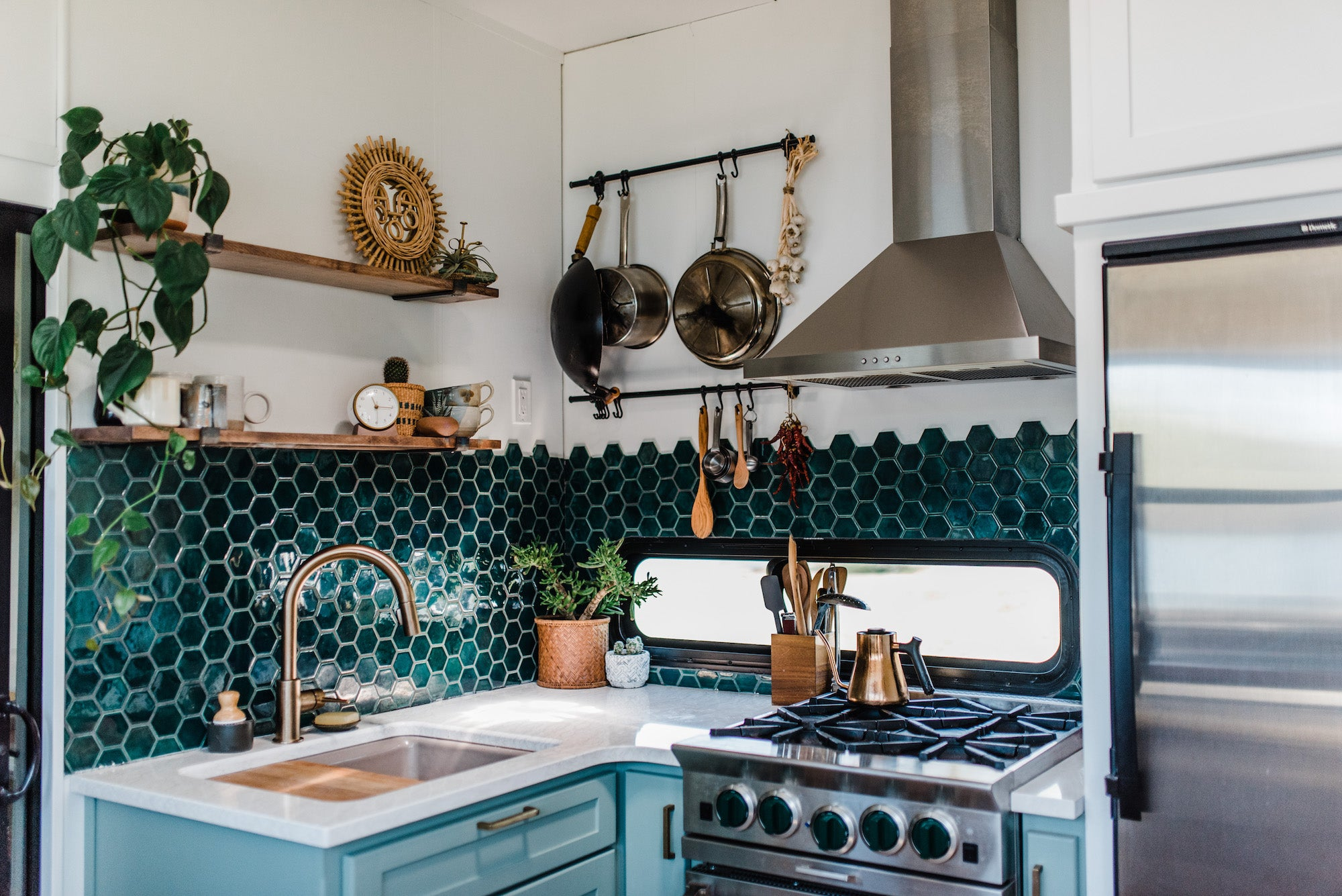Kitchen Accent Teal Tile