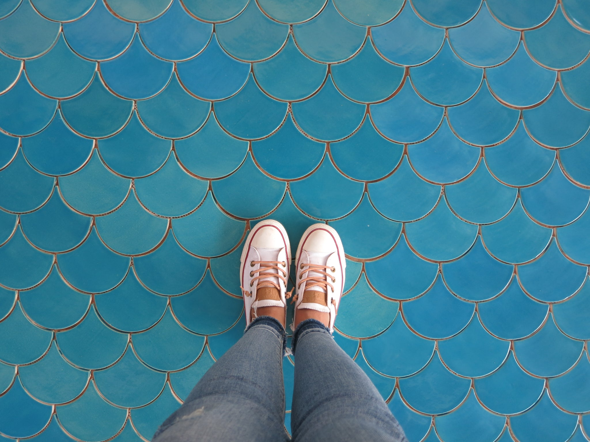 Large Moroccan Fish Scales 1015 Caribbean Blue Tile Floor