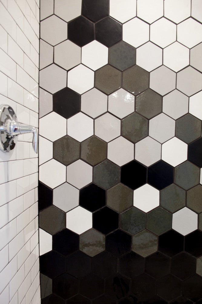 Black-and-White-Tile-Ideas 5 Ways to Use Black and White Tile All Bathrooms Kitchens Residential Tile Inspiration   NE-Properties-Bathroom-21 5 Ways to Use Black and White Tile All Bathrooms Kitchens Residential Tile Inspiration