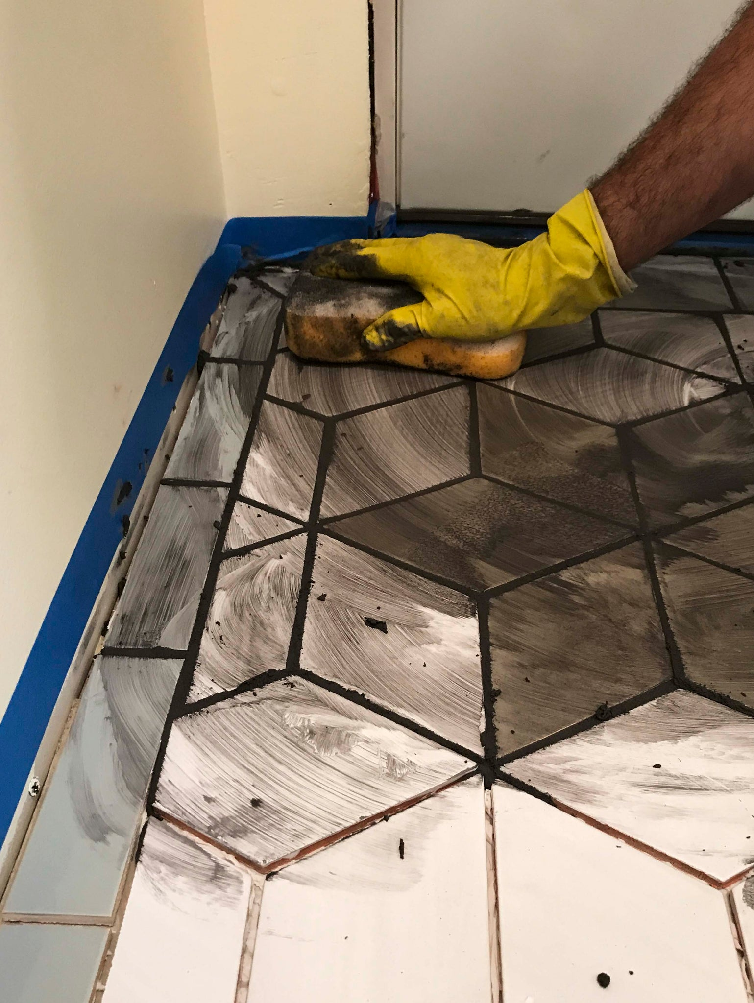 Installing Ceramic Tile Grout