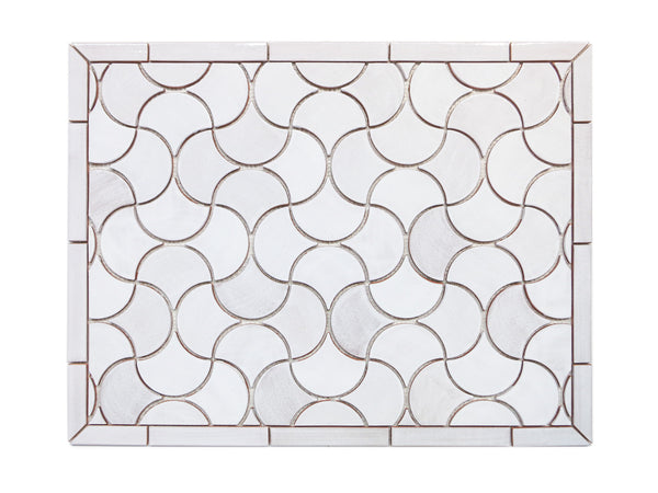 "20""x26"" Stove Splash - Medium Moroccan Fish Scales - 130 White"