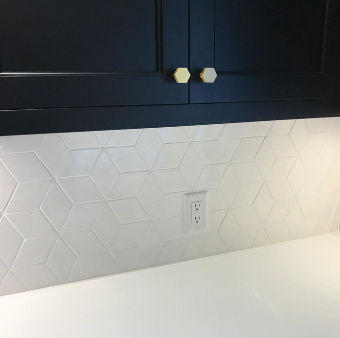 Medium Diamond Tile - Deco White Installed