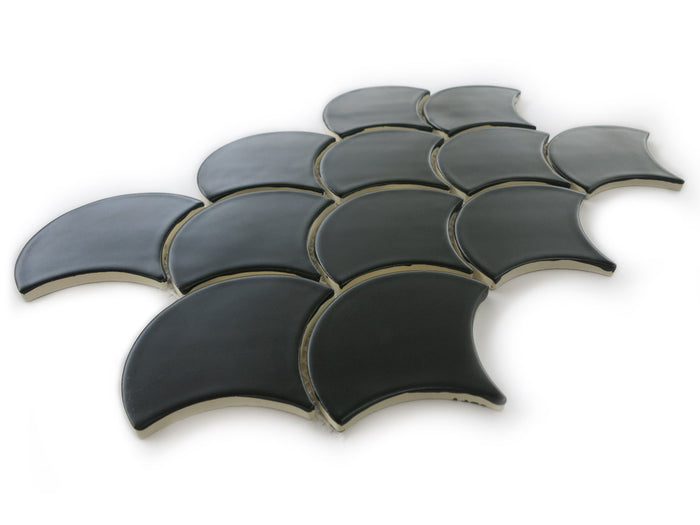 Medium Moroccan Fish Scales Black