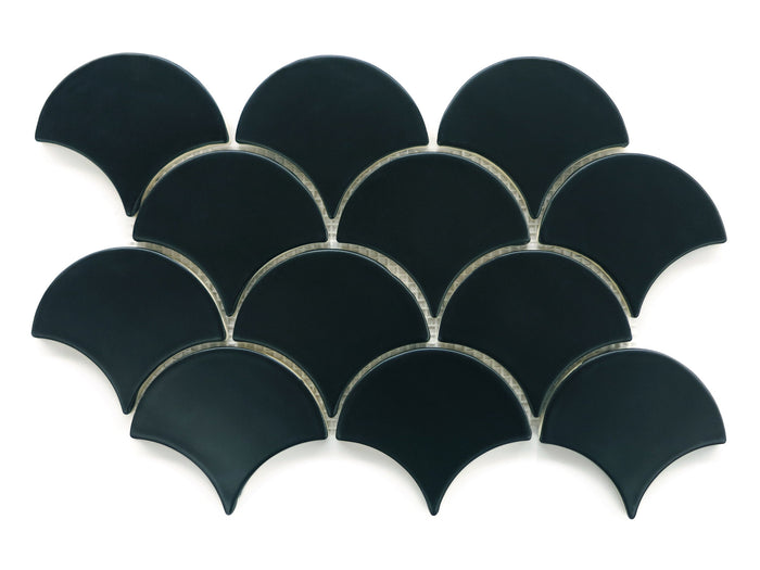 Medium Moroccan Fish Scales - 366 Satin Black