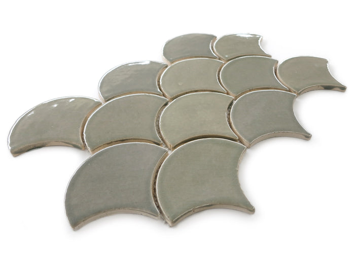 Medium Moroccan Fish Scales - 815W Light Grey