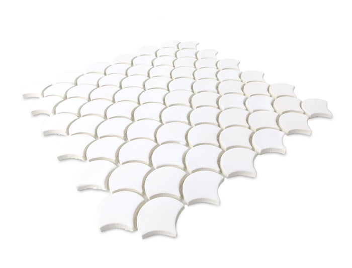 Small Moroccan Fish Scales - 11 Deco White