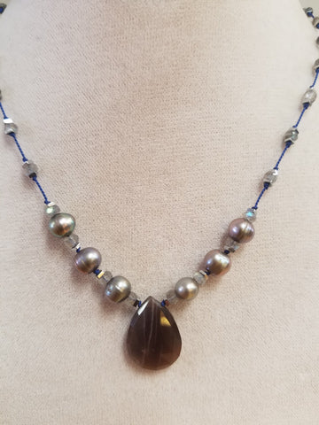 Silk necklace with Chocolate Moonstone and Labradorite
