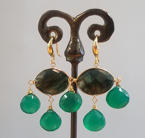 Royal earrings with Green Onyx