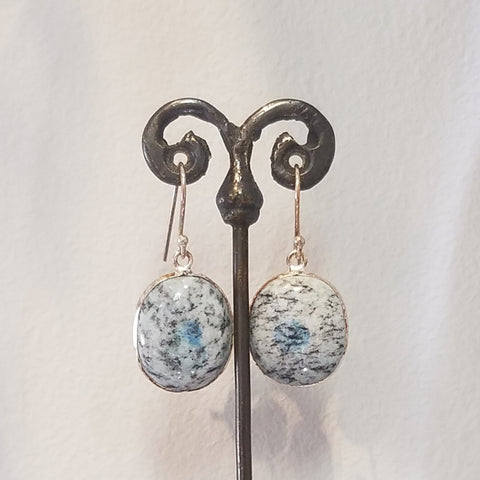 Speckles earrings