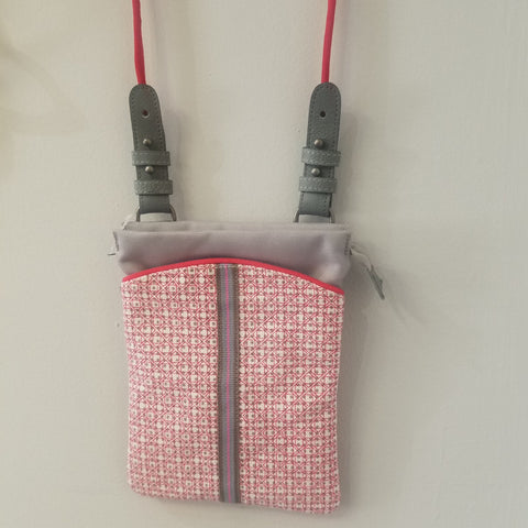 Mini crossbody red hand bag
