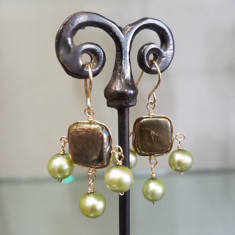 Bronze and green Pearls earrings