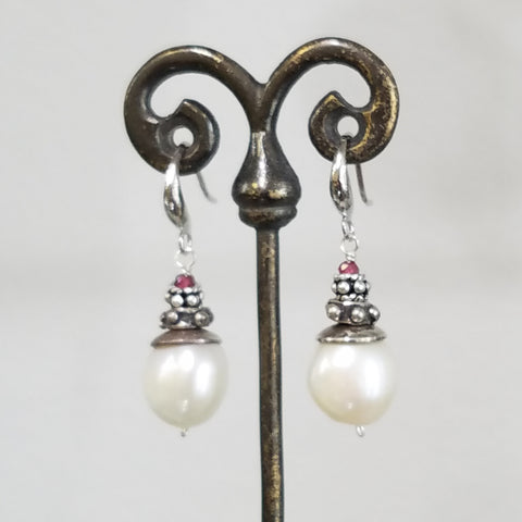 Pearl with garnet earrings