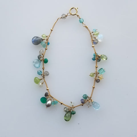 Mixed green bracelet