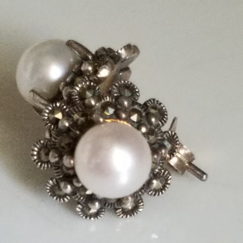 Markasite Pearl posts earrings