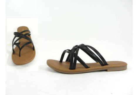 Adorable lady's thong sandal in black. This is a perfect flat slide on sandal to go with your jeans, shorts, or sundresses this summer! Made of faux leather.
