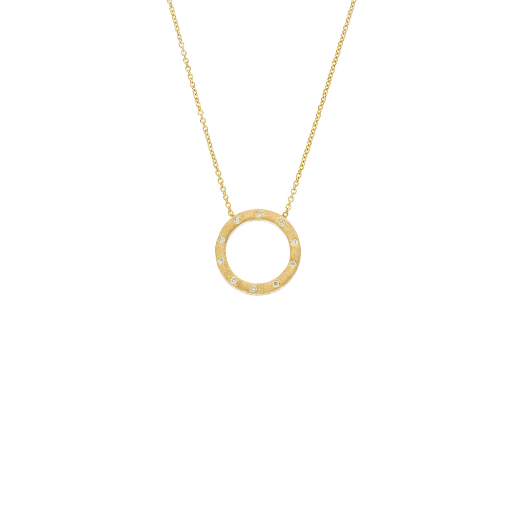 Dunes Small Circle Diamond Necklace