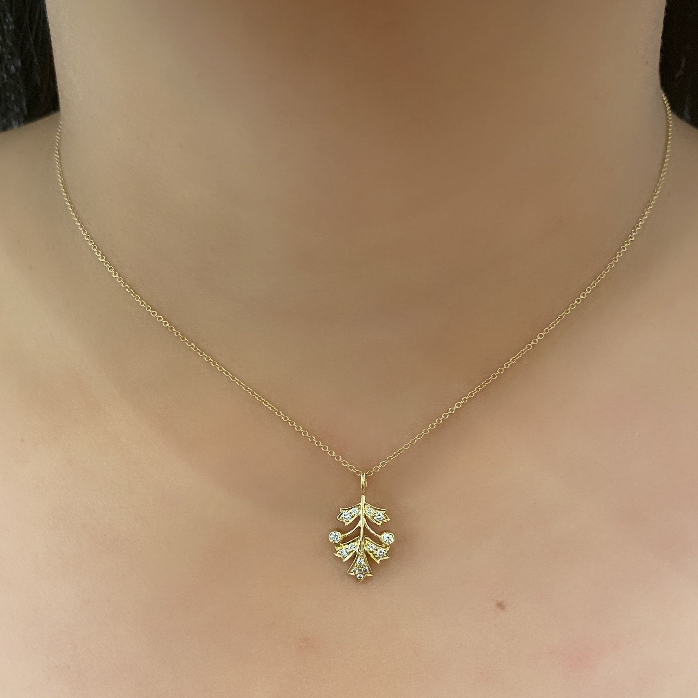 The Leaf Necklace