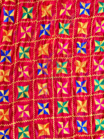 Traditional Light Bagh Phulkari Dupatta (PE01) - Red - Phulari