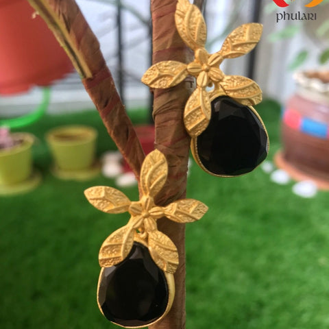 Flower Handmade Stone Matt Finish Gold Earrings - Black - Phulari