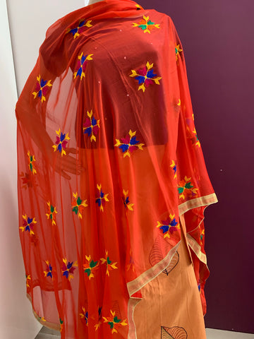 Traditional Simple Floral Butti Phulkari Dupatta - Red - Phulari