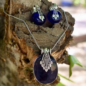 Oxidized Metal and Stone Pendant Set With Button Earrings - Deep Blue - Phulari