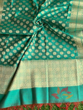Load image into Gallery viewer, Banarasi Cotton Silk Dupatta With Flower Butti - Green - Phulari