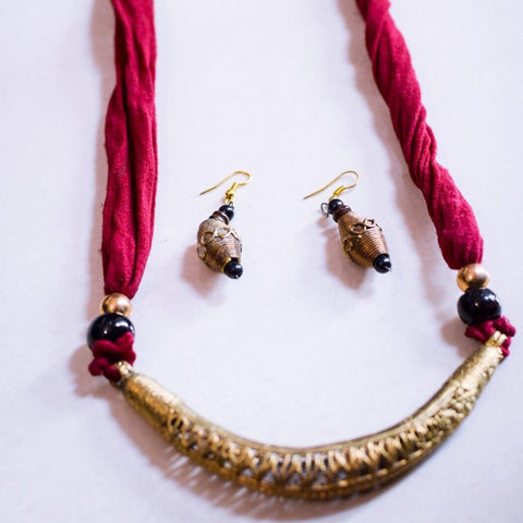 Dhokra With Fabric Neckpiece and Earrings - Phulari