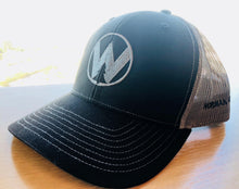 Trucker Hat - W logo