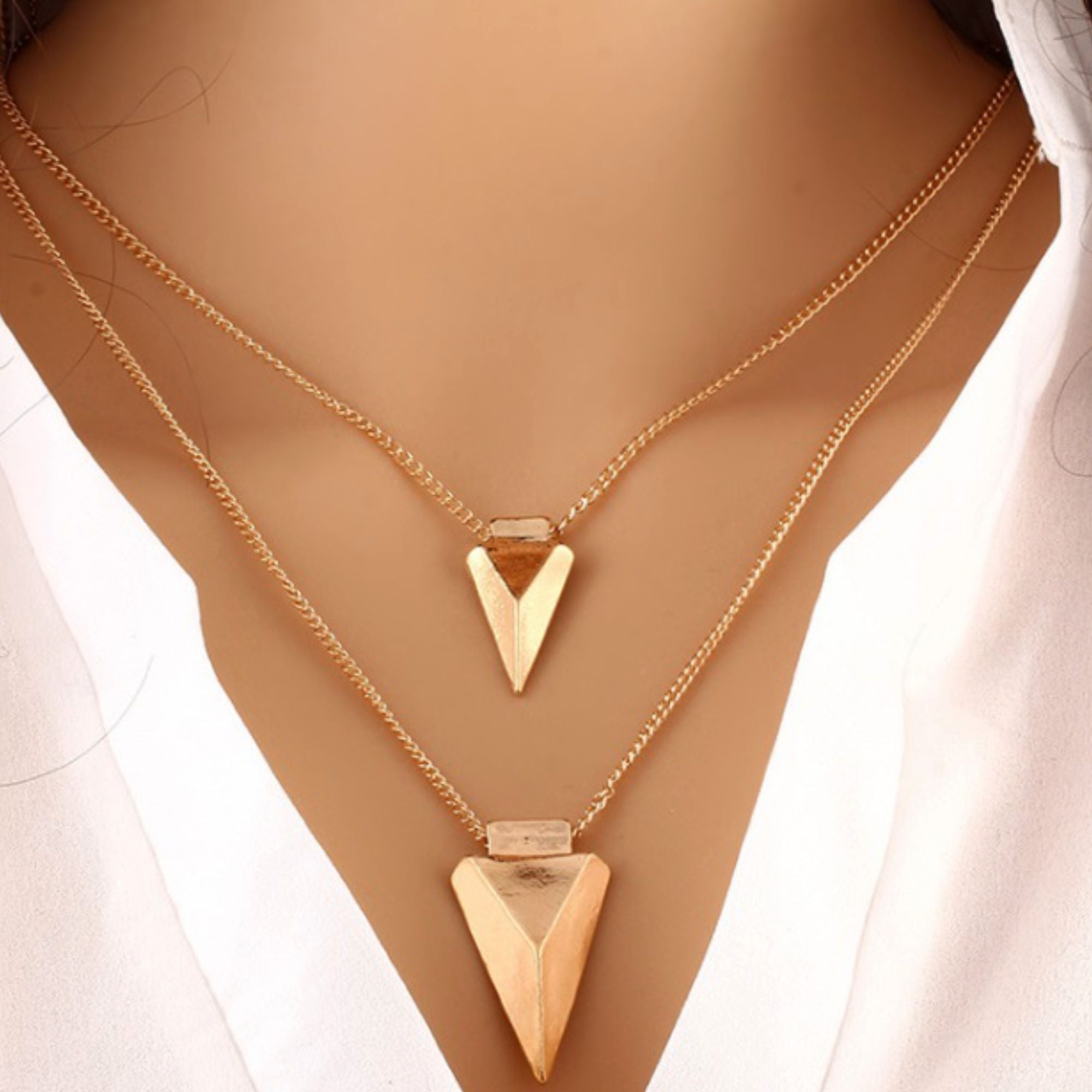 2 Layer Arrow Fashion NECKLACE