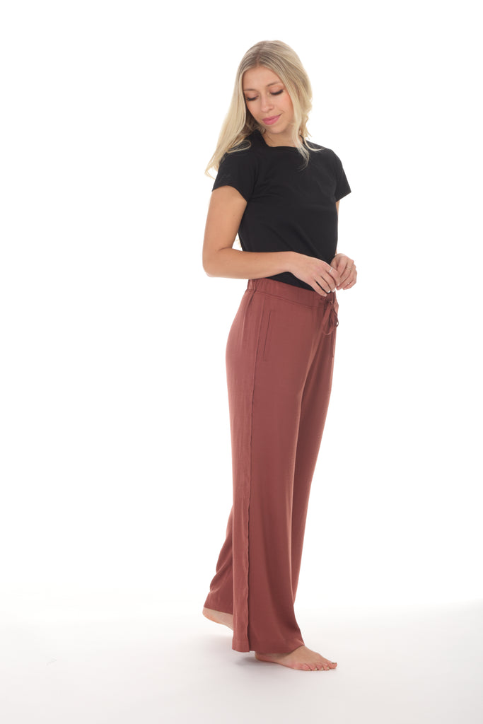 INDIO side-slit lounge trouser