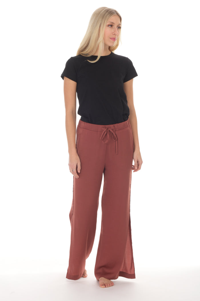 INDI side-slit lounge trouser