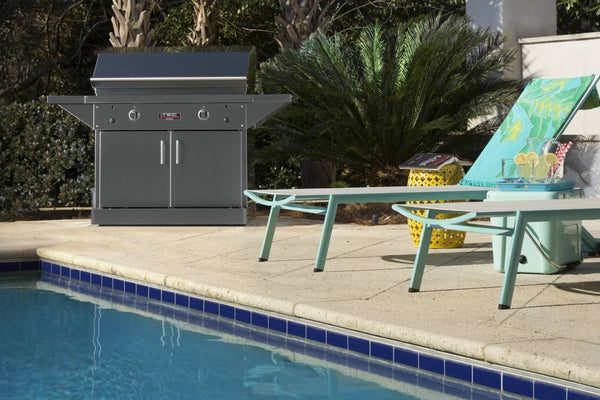 "TEC 44"" Freestanding Patio FR Infra-Red Gas Grill Stainless Steel Pedestal w/ Shelves"