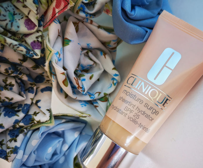 Clinique Moisture Surge™ Sheertint Hydrator SPF 25 40ml