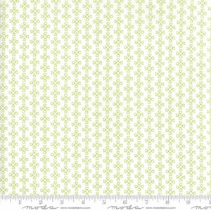 """Mama's Cottage"" Vanilla Lime yardage"