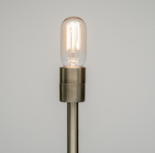 Old Fashioned Light Bulb | Radio Style (Squirrel-Cage)