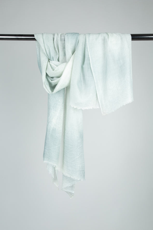 JAYA SCARF IN HAND-DYED CASHMERE