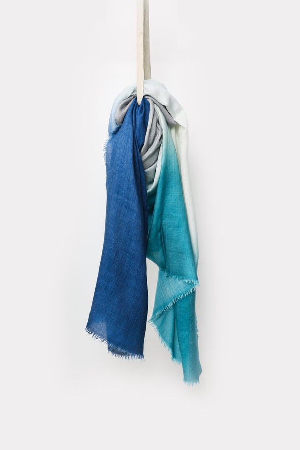FRESH HAND-DYED SCARF IN ITALIAN CASHMERE