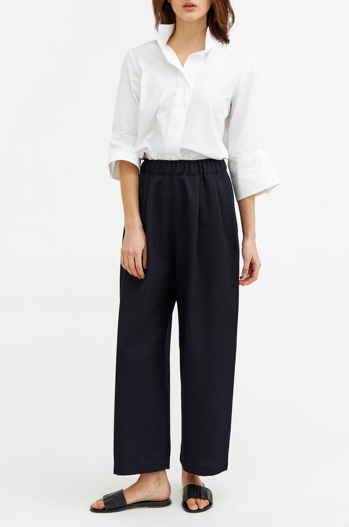 Easy Wide Leg Trouser