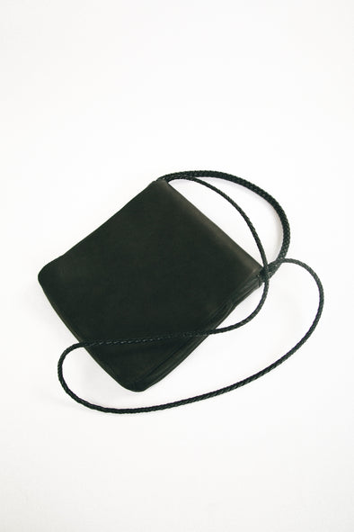 HANDLED MESSENGER IN LEATHER