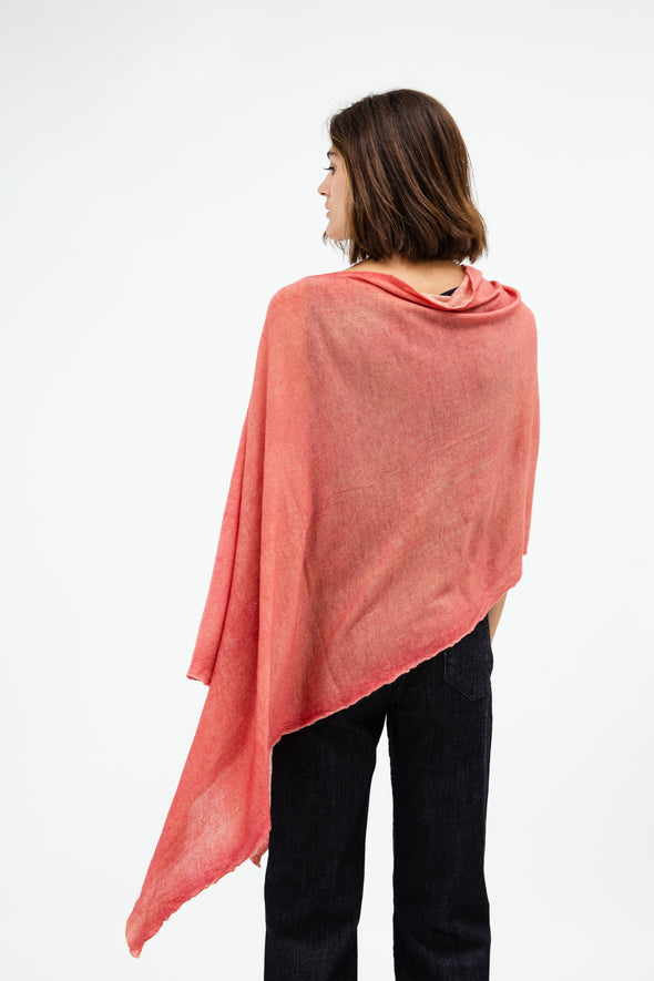 LLASA WRAP IN HAND-DYED CASHMERE
