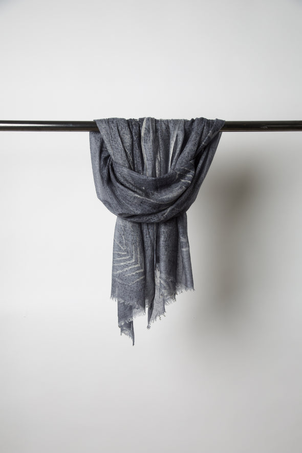 SHIRPA SCARF IN HAND-DYED CASHMERE