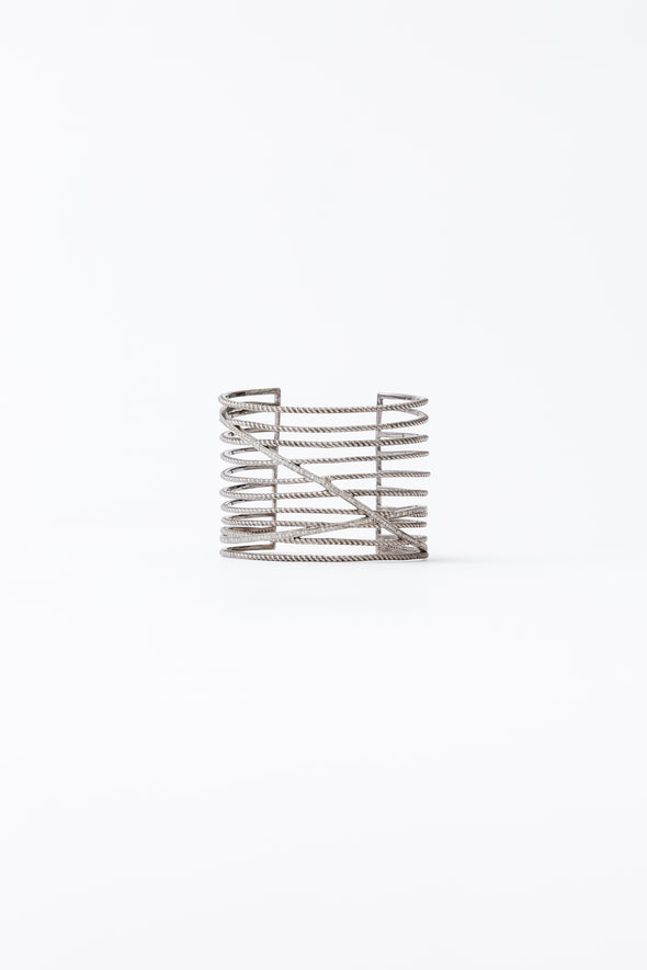 LADDER CUFF WITH PAVE DIAMONDS