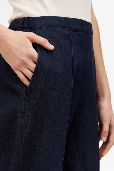 SHAY PANT IN LIGHTWEIGHT STRETCH DENIM