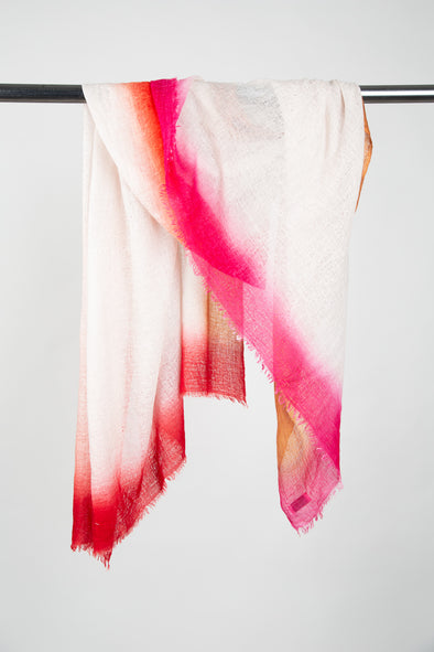 SPRAY-DYE BORDER SCARF IN CASHMERE