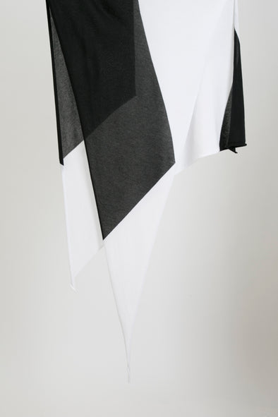 TRIANGLE SCARF IN PIMA COTTON