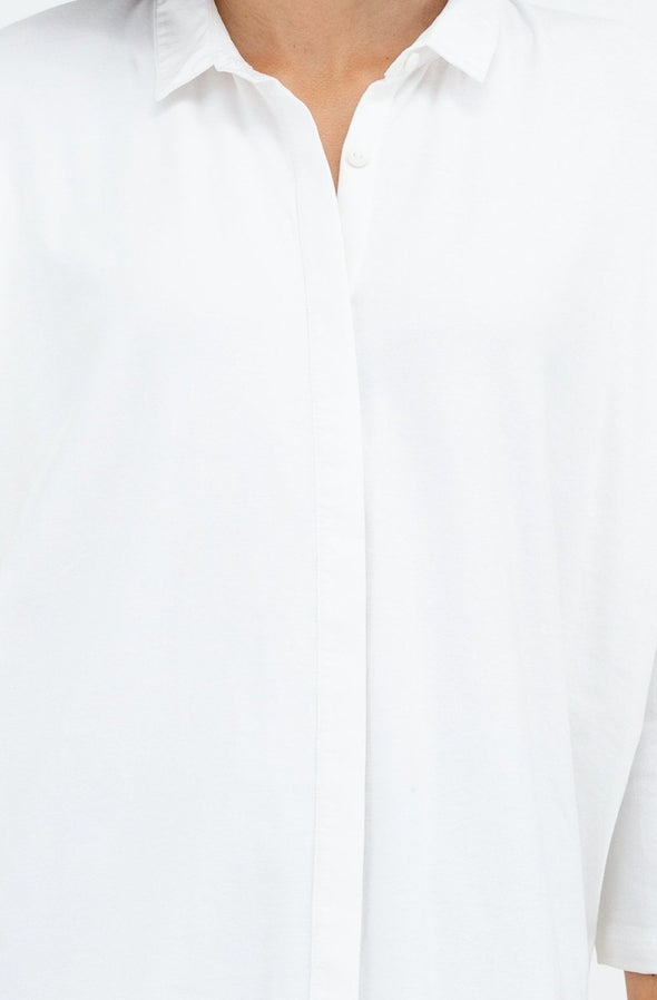 BUTTON FRONT TOP IN PIMA COTTON STRETCH