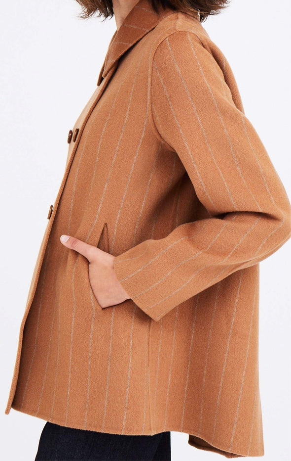PLEAT BACK COAT IN DOUBLE-FACED WOOL